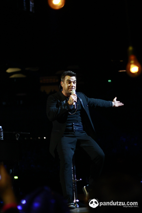 Robbie Williams @ The 02 10