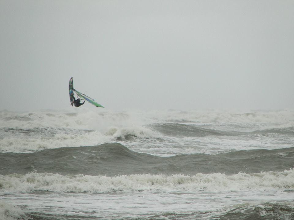 dnups team - windsurfing